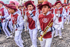 Trompettistes de Jour de la Déclaration d'Indépendance, Antigua, Guatemala photos libres de droits
