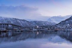 Tromsøysund et hiver arctique de chaise photographie stock