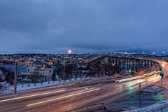 Tromso com a ponte de Tromso Imagem de Stock