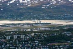 Tromso come visto dal supporto Storsteinen, Norvegia fotografie stock