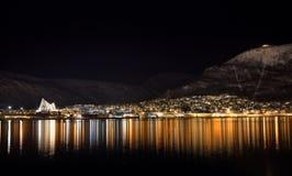 Tromso vid natt Royaltyfria Bilder