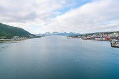 Tromsoysundet-Straße und Hafen von Tromso, Norwegen Lizenzfreies Stockbild