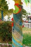 Troncs d'arbre décorés Photographie stock