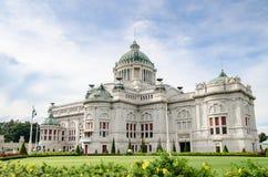 Trono Salão de Ananta Samakhom, Tailândia Fotos de Stock Royalty Free
