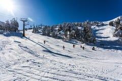 Troodos est la gamme la plus étendue de montagne en Chypre Image libre de droits