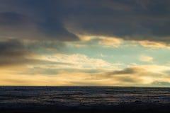 Troosteloos landschap van Kverfjoll-gebied, het panorama van IJsland royalty-vrije stock fotografie