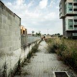 Troosteloos voorstadlandschap stock fotografie