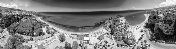 Tropea, Calabre Vue panoramique d'aerail de dell'Isol de Santa Maria Images stock