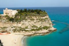Tropea en liten härlig stad i Calabria Arkivfoton