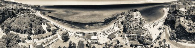 Tropea, Kalabrien Panoramische aerail Ansicht von Santa Maria-dell'Isol Stockbild