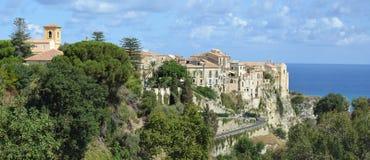 Tropea in südlicher italienischer Stadt Kalabriens Lizenzfreie Stockfotos