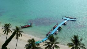Tropeninseln bei Angthong nationale Marine Park in Thailand stock footage
