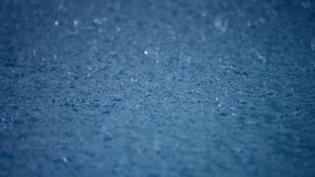 Tropfen des starken Regens stock video footage