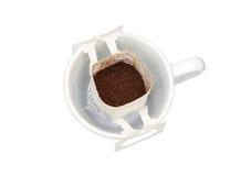 Tropfenfängerkaffee in der Schale Lizenzfreie Stockbilder