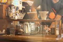 Tropfenf?nger-Kaffee stockbild
