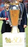 Trophäe für den Jahrestags-Cup Manchester United Sieger Singha 80. gegen Singha All Star Stockfotos