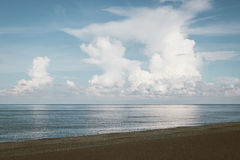 Tropical beach with blue sky and cumulus cloud Royalty Free Stock Images
