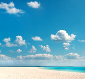 Tropical beach with blue sky. holiday background Stock Photography