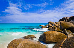 Tropical beach at island Praslin, Seychelles Royalty Free Stock Photos