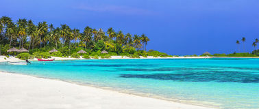 tropical beach in Maldives islands Royalty Free Stock Photos