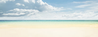 Tropical beach and ocean Royalty Free Stock Photo