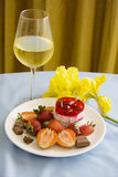 Tropical dessert of strawberries and champagne Royalty Free Stock Images