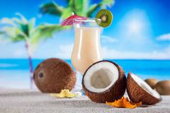 Tropical drinks on beach Royalty Free Stock Photos