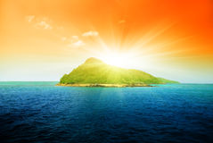 Tropical island and ocean Royalty Free Stock Images