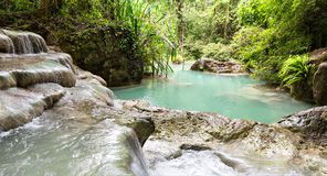Tropical lake og Erawan waterfall Stock Images