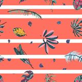 Tropical palm leaves seamless pattern. vector illustration