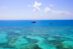 Tropical reef and snorkeling Royalty Free Stock Photos
