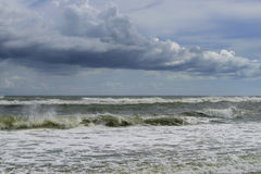Free Tropical Storm Comes Ashore Royalty Free Stock Photography - 98968957