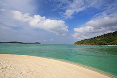 Tropical summer beach of Koh Adang Royalty Free Stock Photography