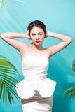 Tropical summer holiday fashion beauty concept. Summer style por Royalty Free Stock Images