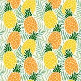 Tropical summer seamless pattern. Pineapple  fruit, palm leaves. Hawaii flat design. Vector Royalty Free Stock Photography