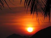 Tropical sunset. Sunset on a tropical beach in Ko Pha Ngan, Thailand Royalty Free Stock Photos