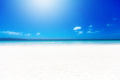 Tropical white sand beach on a Sunny day. Summer vacation. Royalty Free Stock Photos