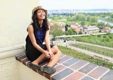 Tropikalna dziewczyna nad winnica w Troja Fotografia Stock