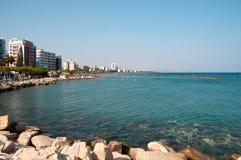 Tropikalna miasto plaża Zdjęcie Stock