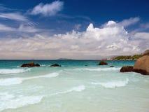 Tropikalna plaża w Seychelles wyspach Obraz Stock