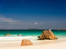 Tropikalna plaża w Seychelles wyspach Zdjęcia Stock