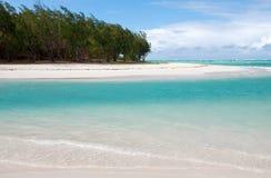 Tropikalna plaża w tropikalnym raju Obrazy Royalty Free
