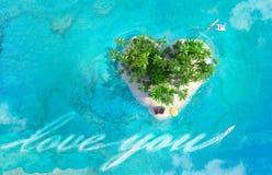 Tropikalna wyspa w kształcie ilustracji