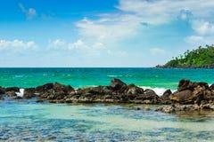 Tropikalna wyspa w oceanie indyjskim Obraz Royalty Free