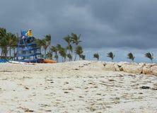 Tropikalna wyspy plaża w Bahamas Fotografia Royalty Free