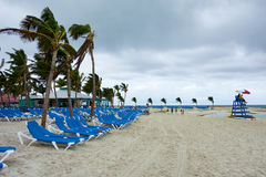 Tropikalna wyspy plaża w Bahamas Obraz Royalty Free