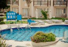 tropikalny basenu hotelowy dopłynięcie Obraz Royalty Free