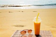 Tropikalny koktajl z mango Fotografia Royalty Free