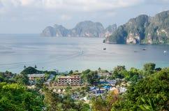 Tropikalny krajobraz. Phi wyspa, Tajlandia. Zdjęcie Royalty Free