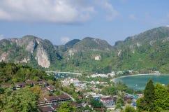 Tropikalny krajobraz. Phi wyspa, Tajlandia. Zdjęcia Royalty Free